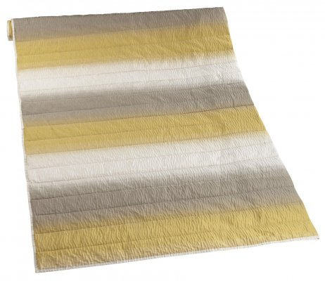 iLiv ombre_throw_chartruese_220_x_115cm.JPG